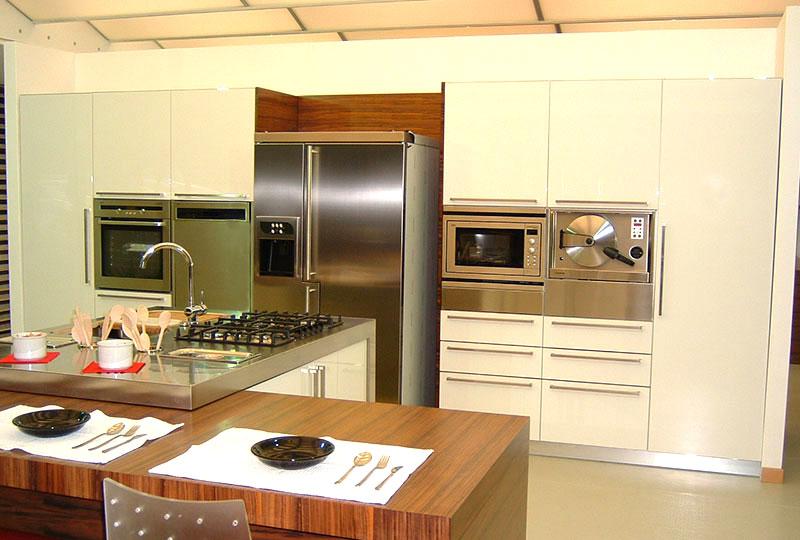 sala-cucine-laminato-d-01